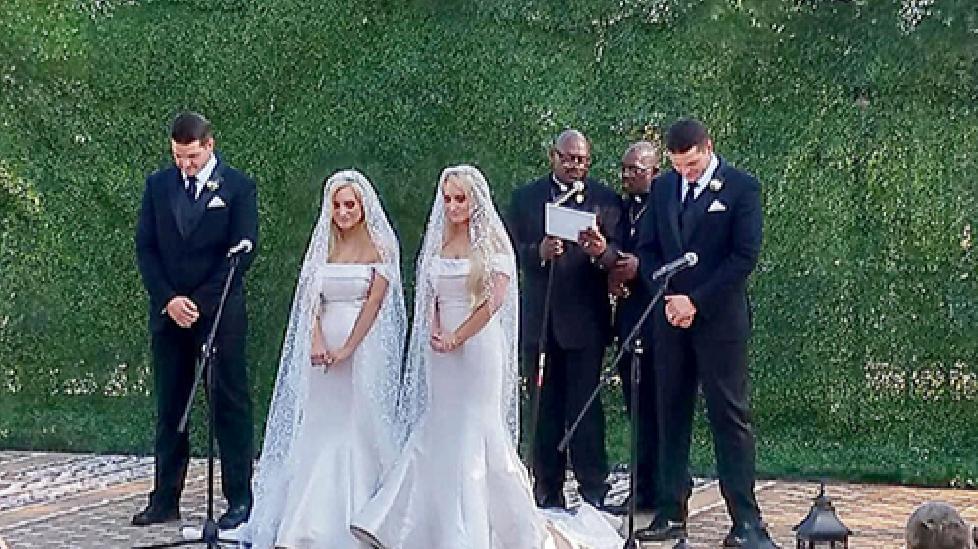 Đám cưới cổ tích của cặp chị em và anh em song sinh ở Mỹ