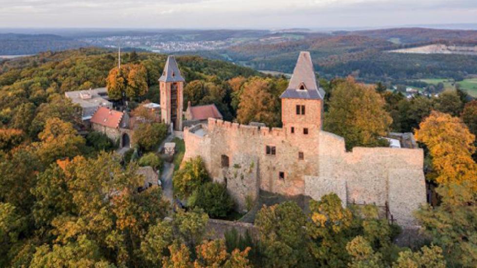 Lâu đài không ma nhưng nhiều người vẫn khiếp sợ ở Đức