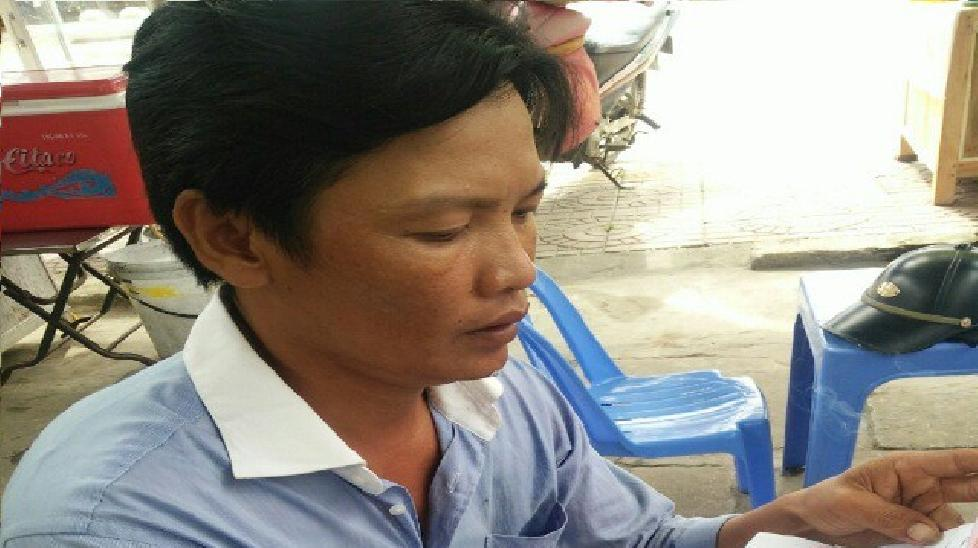 Điều chuyển công tác Phó Công an huyện trong vụ đạp vào ngực dân