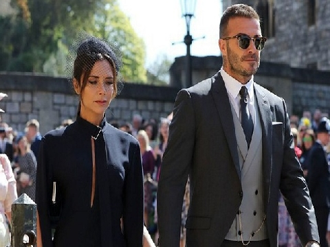 Becks lịch lãm sánh đôi cùng vợ đến đám cưới Hoàng gia