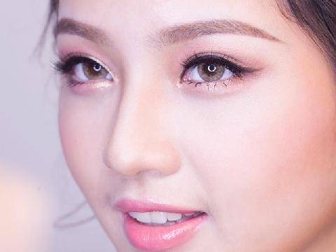 3 style makeup tone hồng cho cô dâu mùa thu
