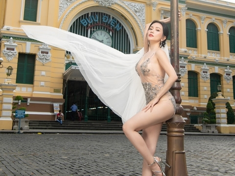 HOT: Sĩ Thanh mặc bikini xuyên thấu táo bạo chụp ảnh cưới