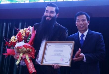 Đạo diễn phim Kong chính thức trở  thành Đại sứ Du lịch Việt Nam
