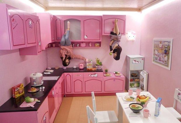 Nhà bếp màu hồng đậm chất Hello kitty