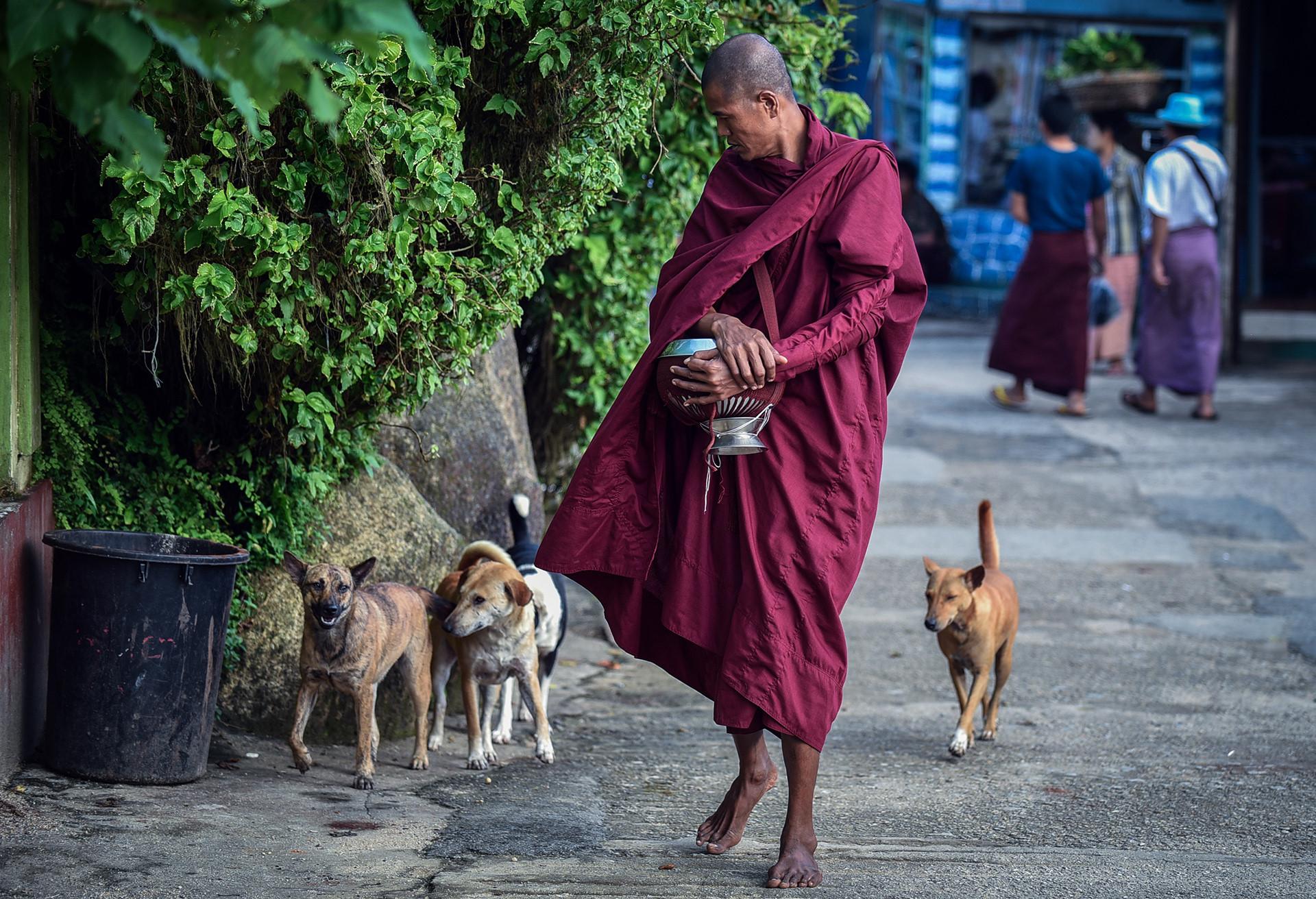 Thang 10 tuoi dep o Myanmar hinh anh 23