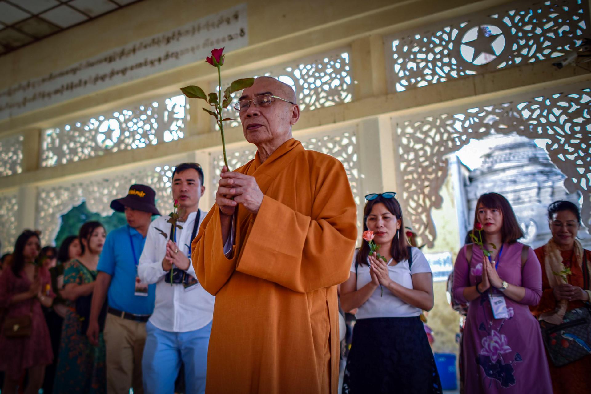 Thang 10 tuoi dep o Myanmar hinh anh 26