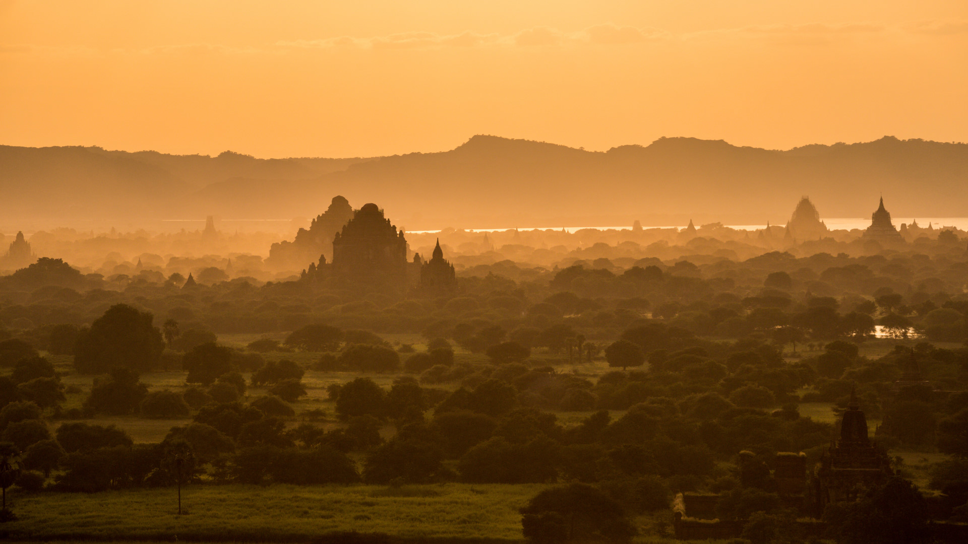 Thang 10 tuoi dep o Myanmar hinh anh 15