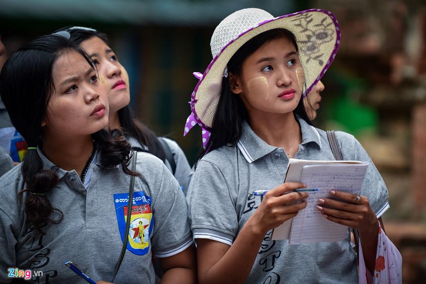 Thang 10 tuoi dep o Myanmar hinh anh 22