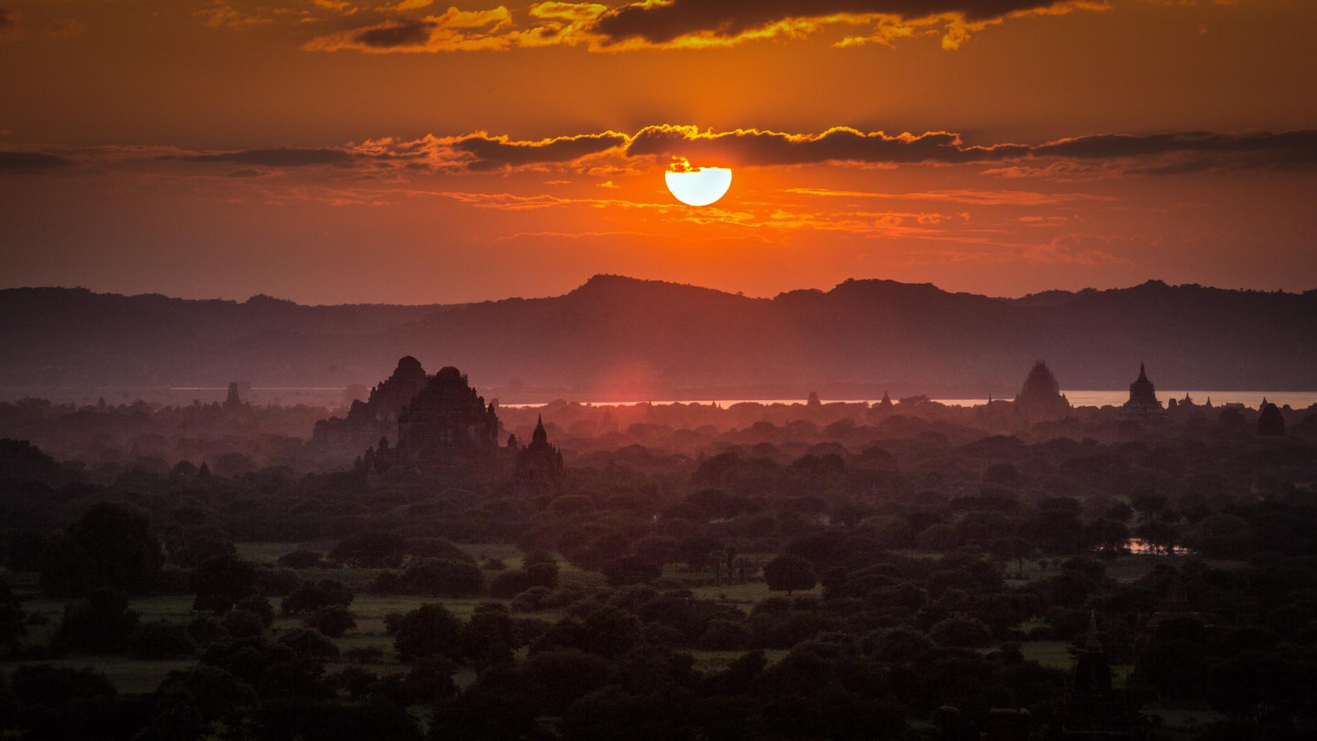 Thang 10 tuoi dep o Myanmar hinh anh 1
