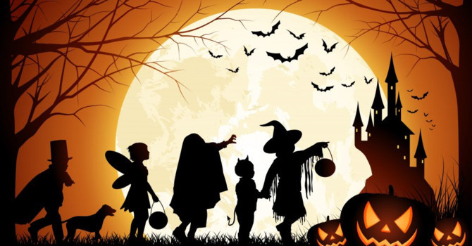 11 bi mat chua ke ve Halloween khien ban 'son toc gay' hinh anh 1
