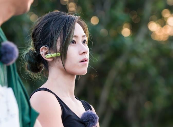 'Hot girl boc vac' Hong Kong: Da lam nghe 10 nam, tu choi vao showbiz hinh anh 1