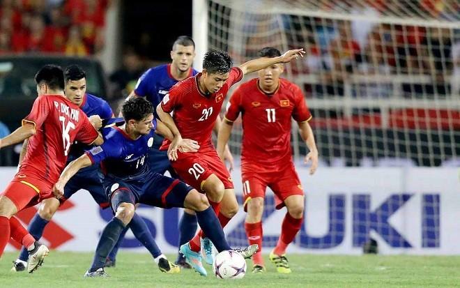 Bóng đá Việt Nam đang thành công hơn hẳn bóng đá Thái Lan.