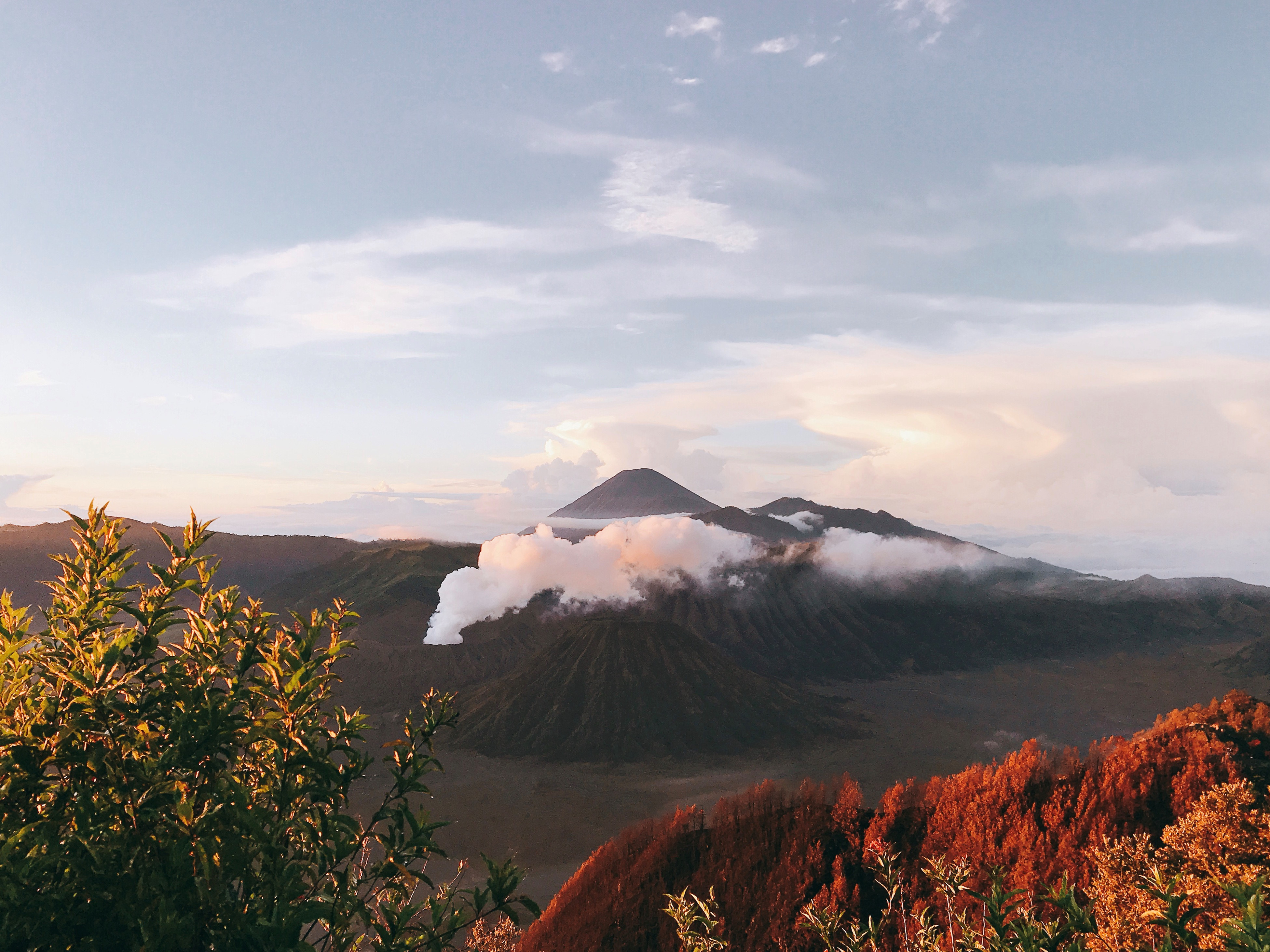 Den Indonesia, cham chan toi mieng nui lua Bromo hinh anh 11