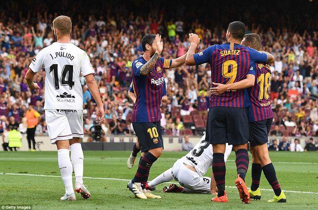 Barcelona chạm tay vào chức vô địch sau cuộc đấu với đội cuối bảng? - 2