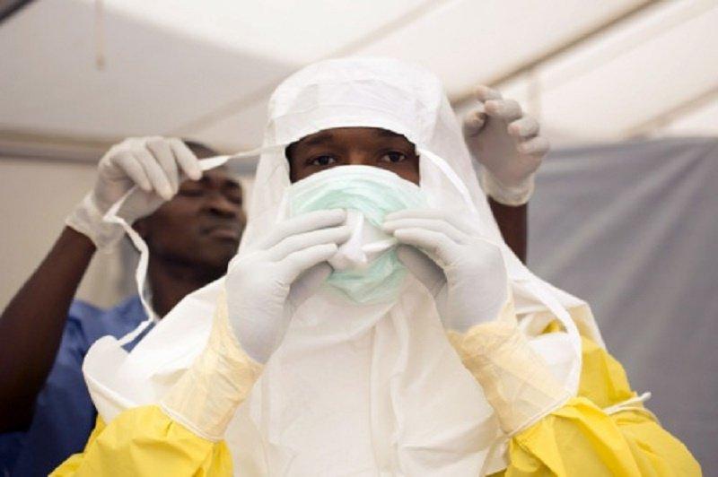 TP.HCM giam sat chat che nguoi nhap canh de ngan ngua dich Ebola xam nhap hinh anh 1
