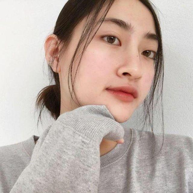 So nhan sắc mặt mộc của Hoa hậu Đỗ Mỹ Linh và Lương Thuỳ Linh - 15