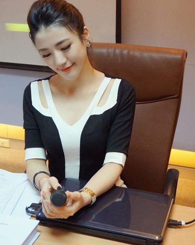 Cô giáo kiêm tiếp viên hàng không hot nhất Thái Lan đẹp nhờ chăm sóc kỳ công - 3