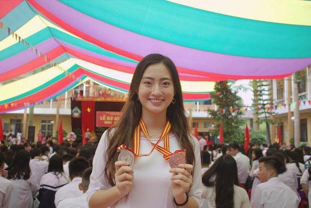So nhan sắc mặt mộc của Hoa hậu Đỗ Mỹ Linh và Lương Thuỳ Linh - 13