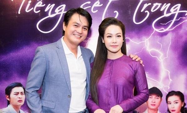 Vợ sao nam Việt phản ứng thế nào khi chồng đóng cảnh nóng