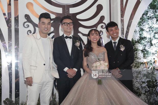 Mina Phạm - vợ 2 đại gia Minh Nhựa đăng clip đập hộp túi hiệu tiền tỷ khi con chồng đang tổ chức đám cưới - Ảnh 2.