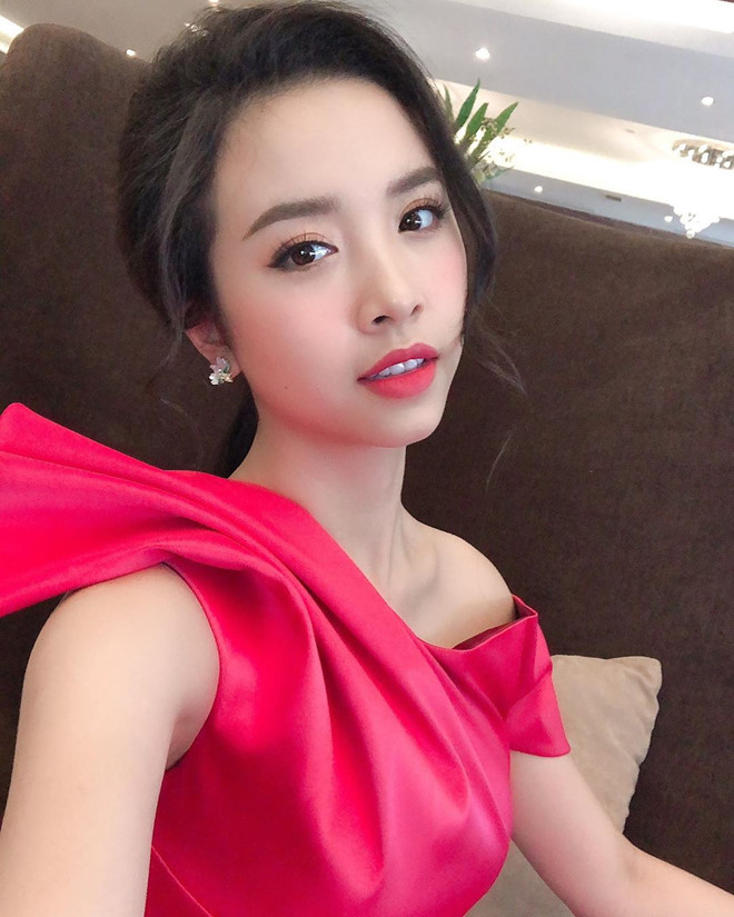 Top 3 Hoa hau Viet Nam - Tieu Vy nong bong, Phuong Nga cong khai yeu hinh anh 12