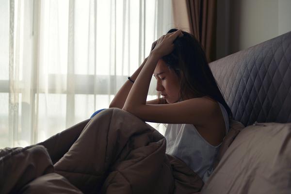 Trong cơn say, chồng tôi ném toẹt 200 nghìn xuống giường đòi gần gũi và tiết lộ sự thật kinh hoàng lý giải 2 tháng không đụng vào vợ - Ảnh 2.
